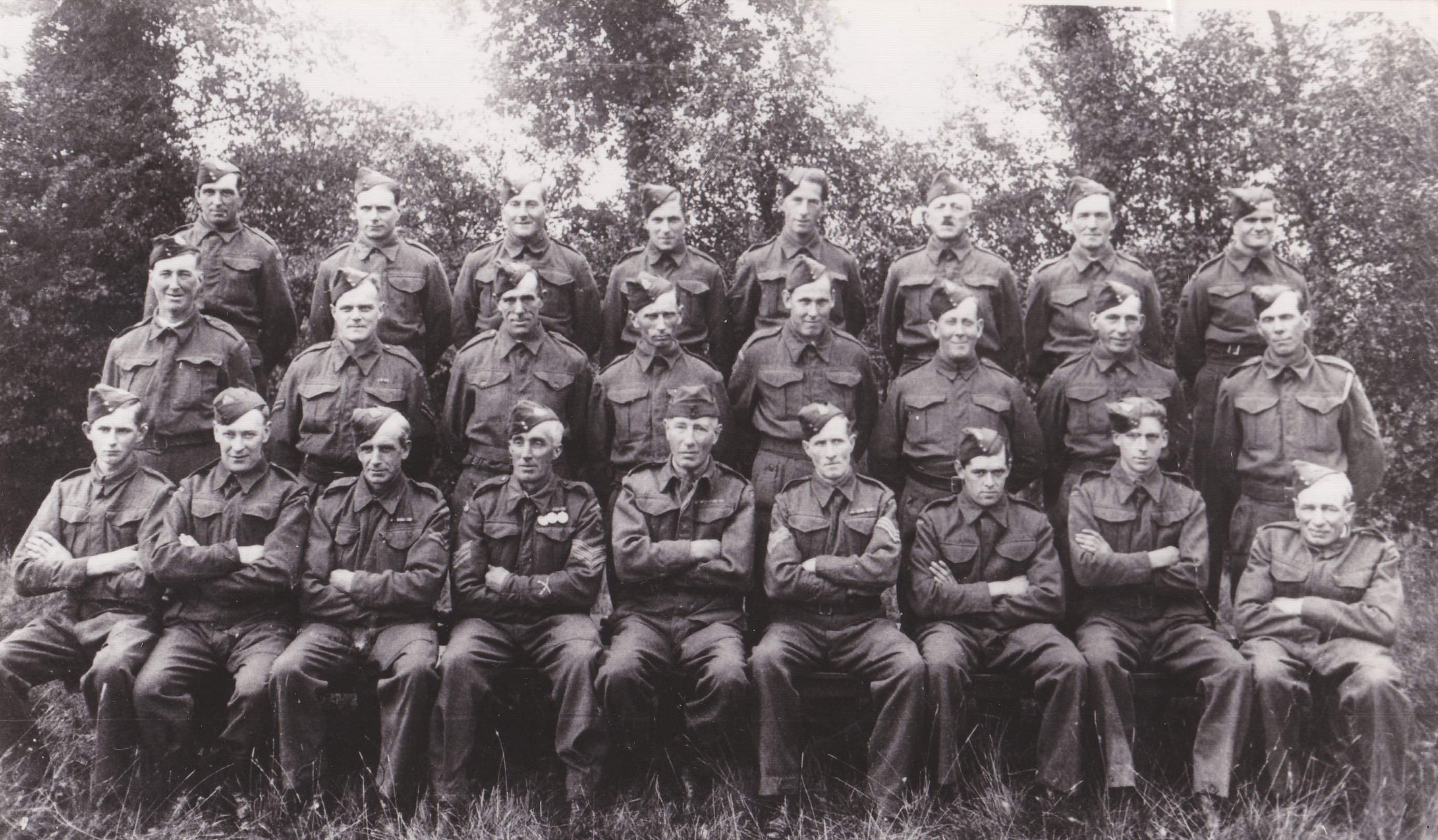 p821-001 all the men of Rumburgh home guard 1944